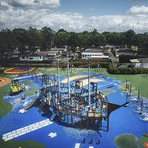 Estación de juego de madera / de HPL / para parque infantil / modulable