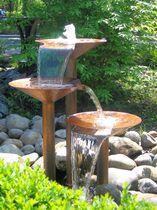 Fuente de jardín / moderna