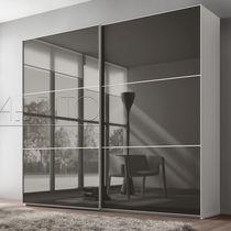 Armario moderno / de vidrio / de melamina / con puertas corredizas