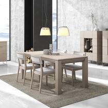 Mesa de comedor moderna / de madera / rectangular