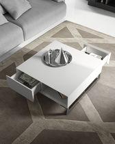 Mesa de centro / moderna / de madera / cuadrada