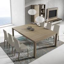 Mesa de comedor moderna / de madera / cuadrada / rectangular
