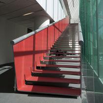 Escalera recta / con peldaños de metal / estructura de metal / sin contrahuellas