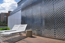 Celosía con lamas de acero inoxidable / para fachada / perforada / deslizante