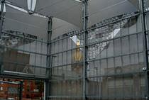 Celosía con lamas de aluminio / para fachada / perforada