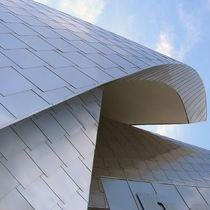 Revestimiento de fachada de metal / de acero inoxidable / satinado / reflectante