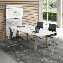 Mesa de reuniones moderna / de madera / rectangular
