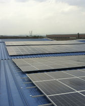 Estructura de soporte para cubierta de chapa ondulada / para techo / para aplicaciones fotovoltaicas