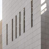 Revestimiento de fachada para fachada ventilada / de cerámica / pulido / de panel