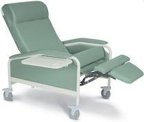 Sillón médico de poliuretano / reclinable / con ruedas / con reposapiernas
