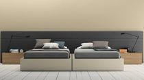 Cama estándar / doble / moderna / de madera