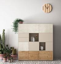 Aparador alto / moderno / de madera lacada / de roble