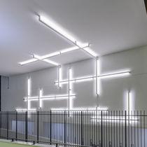 Perfil de iluminación montado en superficie / LED / modular / regulable