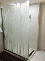 Mampara de ducha abatible / fija / con luz