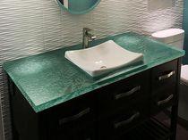 Encimera de lavabo de vidrio / reciclada / a medida / retroiluminada