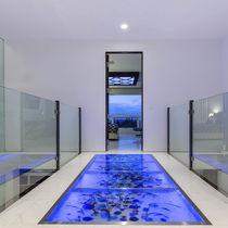 Pavimento de vidrio / para uso profesional / residencial / en losas