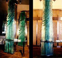 Escultura de vidrio / para edificio público