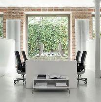 Sillón de oficina moderno / de acero / de cuero / en malla