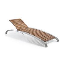 Chaise longue moderna / de madera / de metal / de exterior