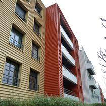 Revestimiento de fachada de aluminio / acanalado / de panel