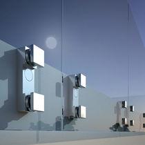 Sistema de fijación de aluminio anodizado / para fachada de vidrio
