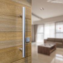 Tirador de puerta de acero inoxidable / moderno / acabado satinado