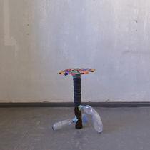 Mesa auxiliar / moderna / de plástico / redonda