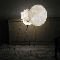 Lámpara de pie / de diseño original / de papel / de acero