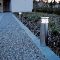 Bolardo de iluminación urbano / moderno / de acero / LED