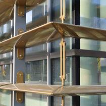 Celosía con lamas de aluminio / para fachada / vertical / con lamas orientables
