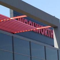 Celosía con lamas de aluminio / para fachada / horizontal / rígida