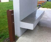 Cenicero pie bancada / de acero / para exterior / para espacio público