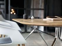 Mesa de reuniones moderna / de madera / en MDF estratificado / de HPL