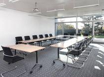 Mesa de reuniones / moderna / de resina / profesional