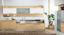 cocina moderna chapada en madera / vidrio AURORA Arredo3 s.r.l.