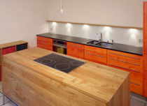cocina moderna de madera maciza / vidrio PAPRICA WohnGeist AG