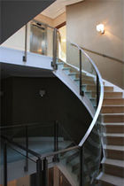 escalera circular con zancas laterales ORPINGTON Flight Design