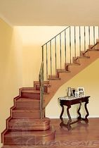 escalera en L con zancas laterales (estructura y pelda&ntilde;os de madera) MOD. A Alfa Scale