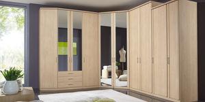 armario en esquina moderno de madera con puertas batientes