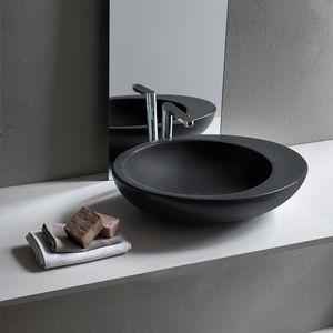 lavabo sobre encimera ovalado de cermica de diseo original - Lavabos De Diseo