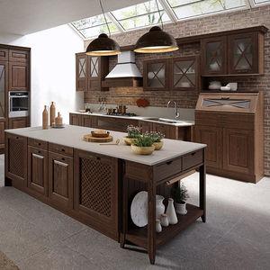 cocina clsica de madera lacada con isla mate - Cocinas Clasicas