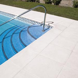 borde de piscina de piedra reconstituida - Bordes De Piscinas