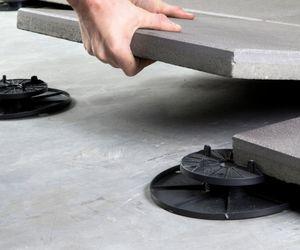 pedestal para suelo tcnico de exterior para terraza ajustable