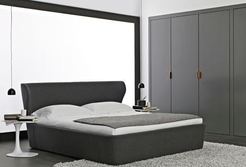 cama estándar / de matrimonio / moderna / tapizada