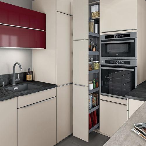 cocina moderna / de material laminado / de U-tubo / brillante