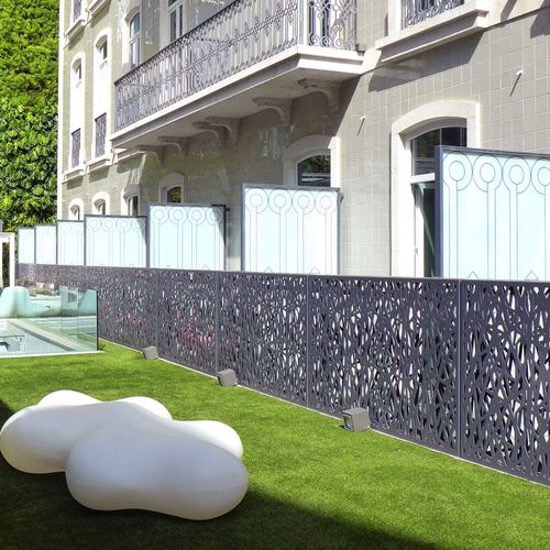 biombo de diseño original / de metal / profesional / para terraza
