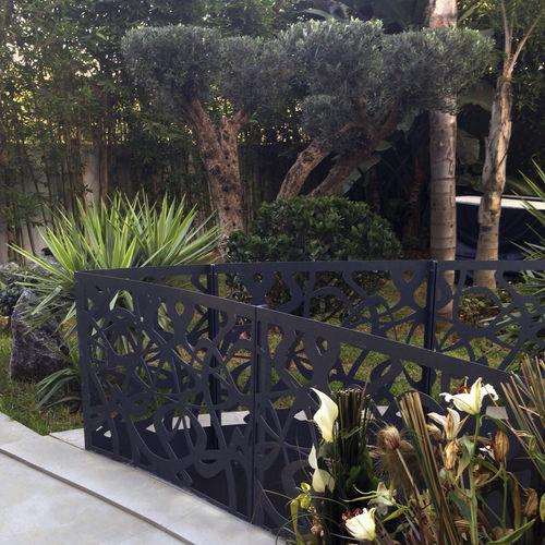 Barandilla de metal / de chapa perforada / con paneles / de exterior BPLAN