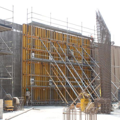 encofrado modular / de madera / para muro / para postes