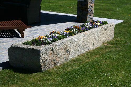 jardinera de piedra natural / moderna / para espacio público