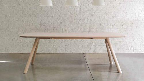 Mesa de comedor / moderna / de MDF / de fresno AKI by Emilio Nanni Traba'